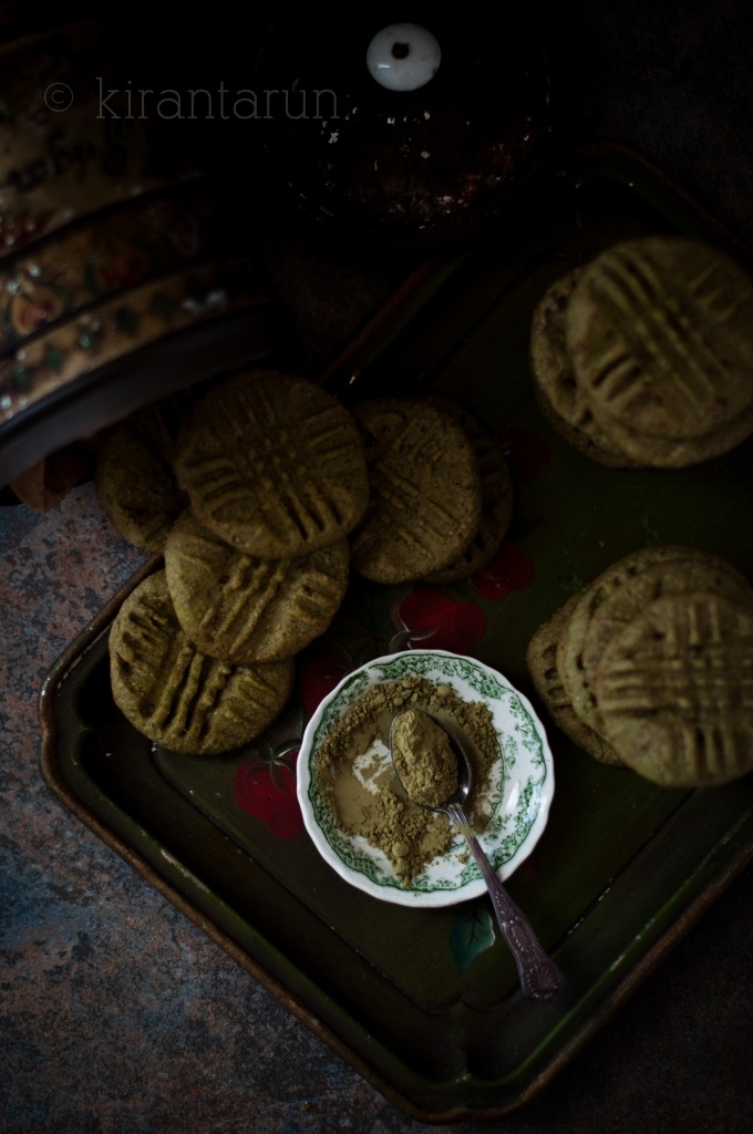 Almond & Matcha Green Tea Cookies | KiranTarun.com/Food