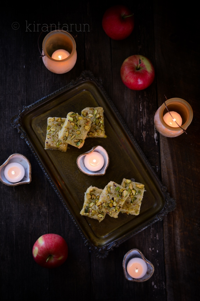 Apple Barfi {Fudge} | @KiranTarun http://kirantarun.com/food