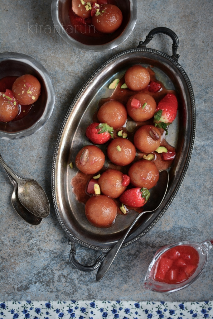 Strawberry Gulab Jamun | @KiranTarun http://kirantarun.com/food